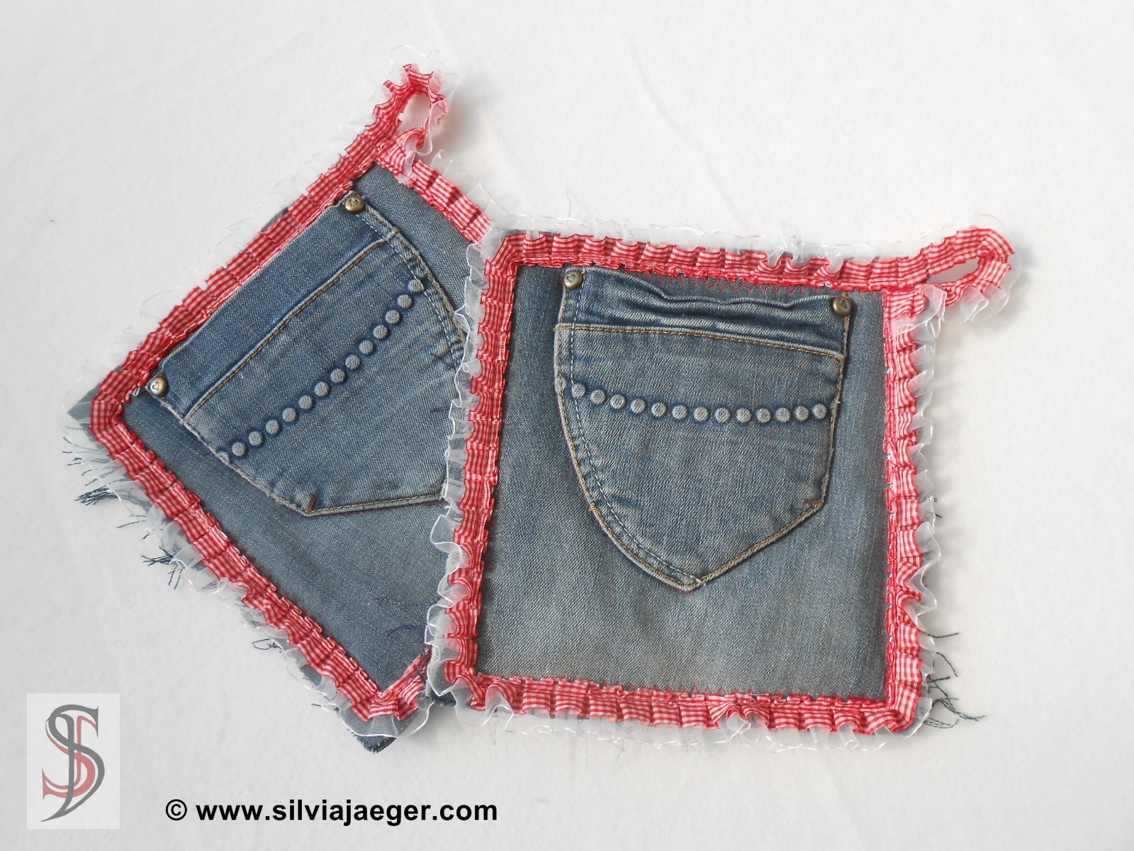 jeans recycling topflappen wolldesign. Black Bedroom Furniture Sets. Home Design Ideas